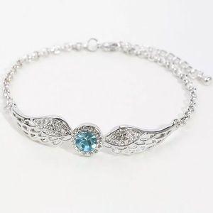❤️gorgeous aquamarine angel wing silver bracelet